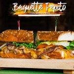 Baguet Pepito de arrachera , uno de los favoritos de nuestros clientes, 6 años en nuestro menú