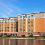 Cambria hotel & suites Miami Airport - Blue Lagoon Foto