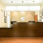 Photo of Sleep Inn & Suites Marion