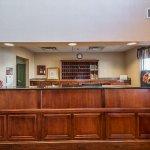 Photo of Econo Lodge Inn & Suites - Marianna