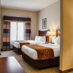 Photo of Comfort Suites Saraland