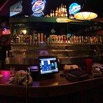 Kahootz Pub & Eatery
