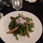 Sauteed pear, walnuts with arugula salad