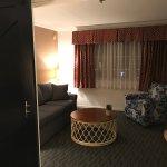 Coast Queen Suite