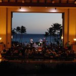 View from lobby to ocean. Live Hawaiian music nightly