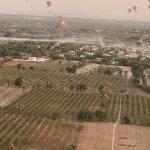 Foto de Balloons over Bagan