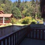 Zugang zum Swimmingpool und zum Grillhaus