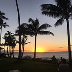 Photo de Napili Shores Maui by Outrigger