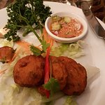 Fish cakes with sweet chilli sauce