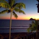 Vista desde la habitación a la playa sin filtros ni modificaciones