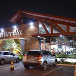 O LaParrilla aguarda você e sua família para uma experiência gastronômica única.