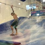 Foto de Surf-Style Flowrider Indoor Surfing Wave Machine