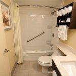 Photo de Quality Inn & Suites Bathurst