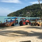 Photo de Phi Phi Island Village Beach Resort