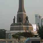 Victory Monument02