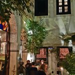 Restaurant Riad Monceau - Dinner at night in the magic of the andalous patio