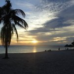 Traumhafter Sonnenuntergang am Ancon Beach
