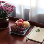 Every room comes with a welcome plate of fresh fruit