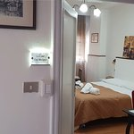 Rooms2Rent Photo