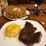 صورة فوتوغرافية لـ Outback Steakhouse