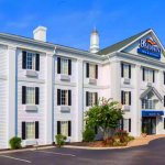 Baymont by Wyndham Columbia Maury