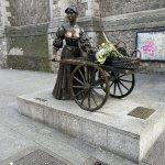 Photo of Molly Malone Statue