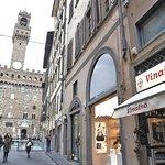 Il Vinaino Fiorenza dedicato esclusivamente alle schiacciate, davanti a Piazza della Signoria.