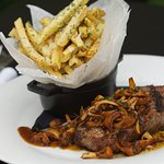 Reserve Angus NY Steak Frites