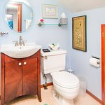 Pacifica ensuite bathroom