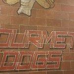 صورة فوتوغرافية لـ Biker Jim's Gourmet Dogs