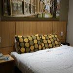 Travelodge Hotel Melbourne Southbank Photo