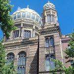 Façade de la synagogue