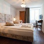 Hotel Schlussel since 1545