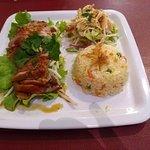 Très bonne cuisine vietnamienne. Produits super frais. Bon accueil. Réservez avant car petit res