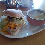 Shutters Licensed Restaurant Foto