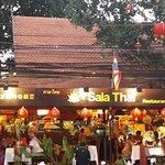 Foto de Sala Thai Restaurant