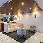 Foto van Holiday Inn Express Hotel & Suites