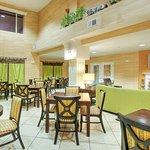 Foto de Holiday Inn Express Hotel & Suites Tucumcari