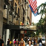 Photo of Salisbury Hotel