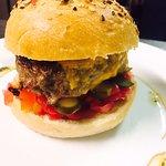 Burger le C Pain du boulanger, steack du Boucher, sauce burger maison  Un régal