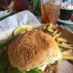 Foto de Crackers Bar & Grill