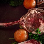 We love beef and we know how to prepare a good piece of meat