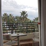 Radisson Blu 1835 Hotel & Thalasso resmi
