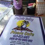 Foto van The Purple Daisy Picnic Cafe