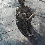 Escultura en la plaza.