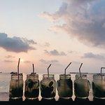 Foto de Fishbowl Beach Bar
