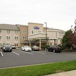 Comfort Inn & Suites Northern Kentucky