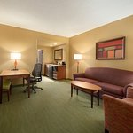 Embassy Suites by Hilton East Peoria - Hotel & RiverFront Conf Center Foto