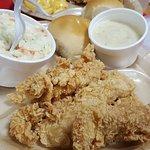 صورة فوتوغرافية لـ Bush's Chicken