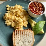 Scrambled eggs with beans
